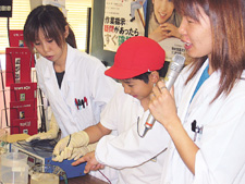 Plating demonstration (during plant tour of elem. school students)